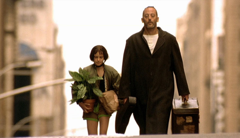 movies_actress_natalie_portman_leon_the_professional_buildings_plants_jean_reno_screenshots_1920x_Wallpaper_1600x1200_www.wall321.com